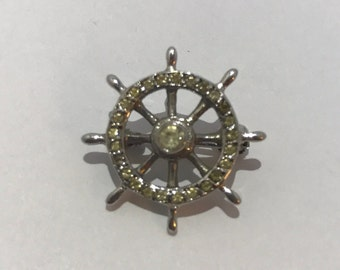 Mini silver brooch and rhinestone rudder shape. Vintage french jewelry stamp crab