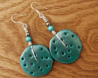 Turquoise and silver wavy disc earrings