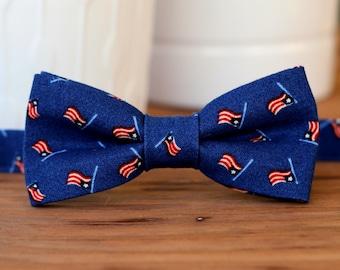 Boys US Flag Bow Tie - navy blue bow tie - American flag bowtie, red cream blue flag, bow tie for infant, toddler tie, child bow tie, USA