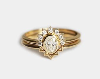 Diamond Ring Set, Oval Diamond Ring, Lace Wedding Ring, V Shaped Wedding Band, Oval Diamond Engagement Ring, Diamond Wedding Ring Set