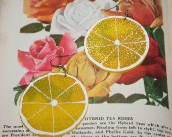 LEMON SLICE EARRINGS,lemon earrings,lemon earrings dangle,kitsh earrings,kitschy earrings,lemon jewelry,lemon slice jewelry,yellow lemon