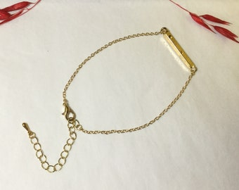 Gold Link Bar Bracelet.