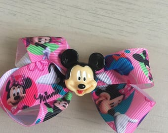 Minnie and Mickey Bow, Mickey embellishment Bow