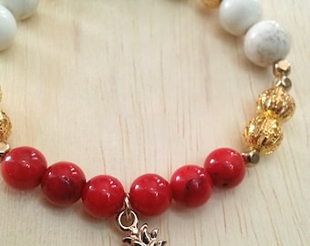 Czech Glass Beaded Bracelet with Gold Plated Pineapple Charm