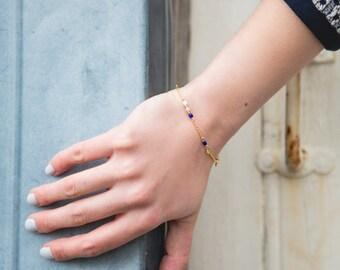 dainty bracelet, gold and blue chain bracelet, tiny bracelet, beaded chain bracelet, spring bracelet, dainty jewelry