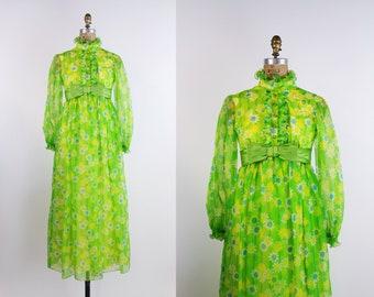 60s Green Margarita Maxi Dress / Daisy Dress / Ruffle Dress / 1960s Dress / Bow Dress / Size XXS/XS