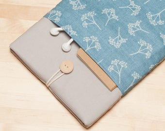 "Macbook air 13 sleeve / Macbook Pro sleeve 13 inch   / 13""  Laptop sleeve / padded with pockets  -  Blue floral"
