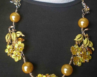 "Repurposed Vintage Yellow Flower Brooch Necklace - ""Walking On Sunshine"""