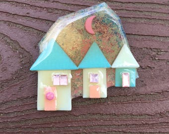 Vintage Jewelry Signed Lucinda House Pin Brooch 3 Houses with Moon