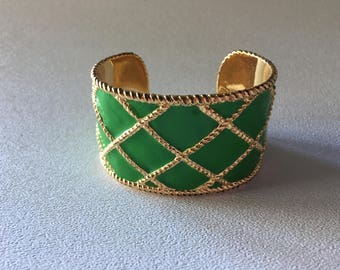 Lilly Pulitzer Green Enamel with Gold Lattice Cuff Bracelet with Dust Bag