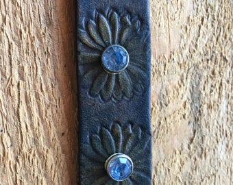 Blue Daisy adjustable leather bracelet