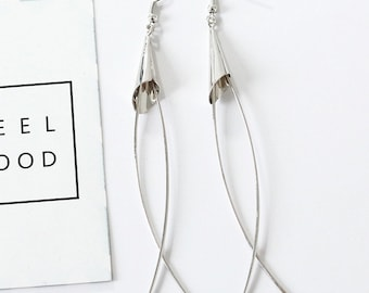 Simple geometric design longhorn dangles earring, free gift wrap