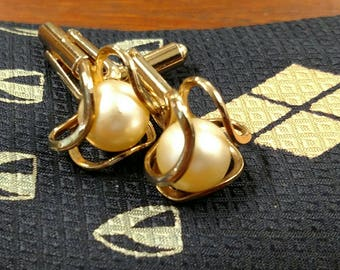 Gold tone and Pearl cufflinks