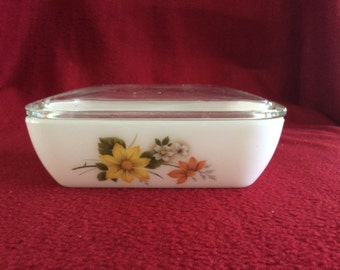 Pyrex Autumn Glory Dahlia Butter Dish