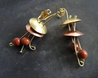 JELLY FISH EARRINGS -  Copper & Brass dangle long jelly fish earrings - Hippie abstract metalwork earrings - Boho medusa abstract earrings