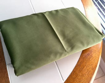 Solid Oliv Green Broadcloth Cotton Fabric, 5 yards 45 inches wide,  Excellent Comdition