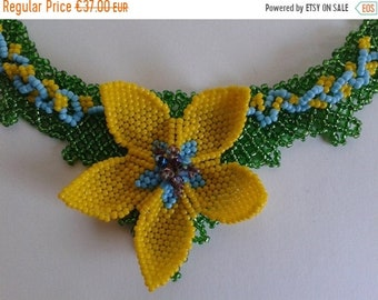 ON SALE Necklace Beaded Necklace Fleur