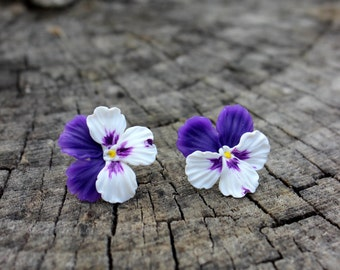 Polymer clay jewelry - Floral jewelry - Pansies stud earrings - polymer multicolor flowers - best gift for her