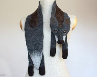 Dark de Luxe - felted wool fox scarf