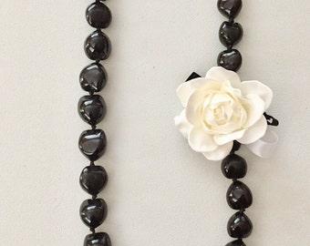 Gardenia  /Black kukui nuts