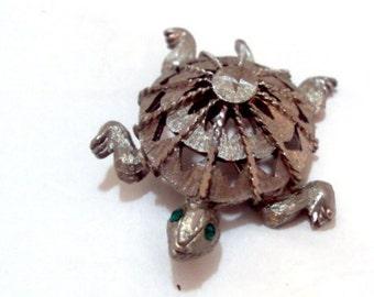 Vintage Silver Tone Turtle Pin