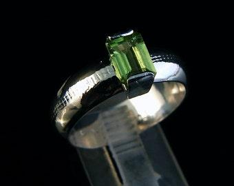 Lime Tart - Peridot ring