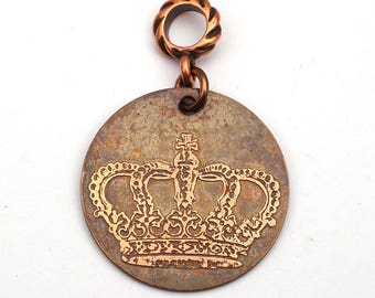 Queen crown pendant, round flat antiqued etched copper jewelry, optional necklace, 28mm