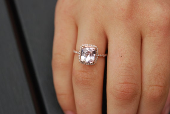 Ice Peach Sapphire Ring. 14k Rose Gold Diamond Engagement Ring. 3.25ct Cushion sapphire ring. Engagement rings by Eidelprecious.