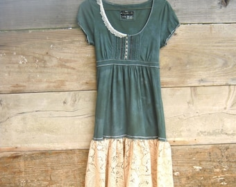 Earth Day Sale - 15% off - enter EarthDAy15 - Funky Little Creme Brulee Lace and Green Eco Mini Dress