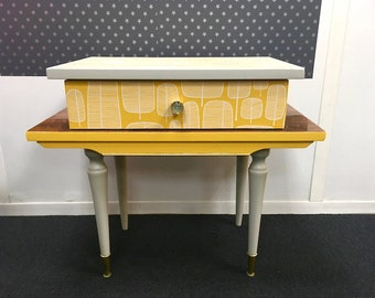 Console - Vintage - mod yellow and grey side Table