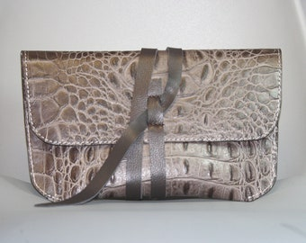 Brown leather clutch-Leather bag Brown handbag Accessory cases Crocodile leather bag Brown leather pouch Leather makeup bag Envelope clutch