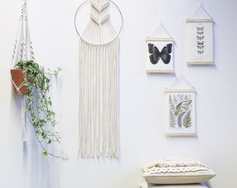 Macrame Wall Hanging / Macrame Dreamcatcher Silver Gold / Wall Art / Boho Wall Hanging / Wall Tapestry / Macrame Dream Catcher