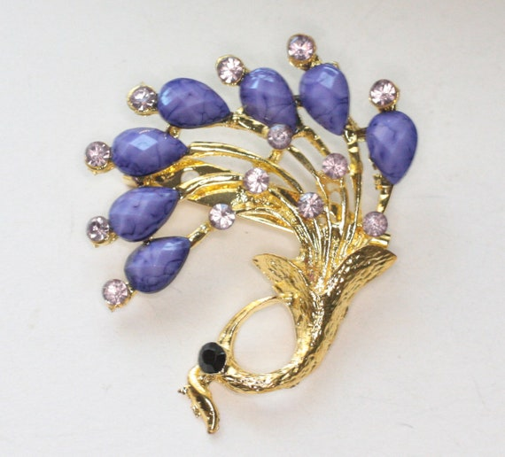 Purple and Lavender Rhinestone Brooch Gold Plated Metal Vintage Floral Bouquet Pin