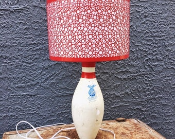 VINTAGE | retro bowling pin table lamp