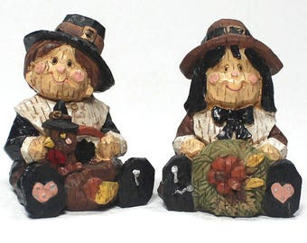 Pilgrim Figurines, Thanksgiving Boy and Girl, Collectible Holiday Figurines
