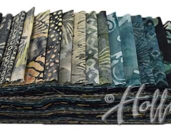 """Storm Bali Poppy - Hoffman - (20) 2 1/2"""" Strips - Jelly Roll - Strips"""