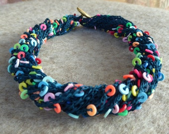 Handmade necklace crocheted in Japanese cotton
