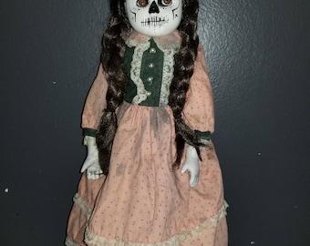 CAMILLA (customized porcelain creepy doll)
