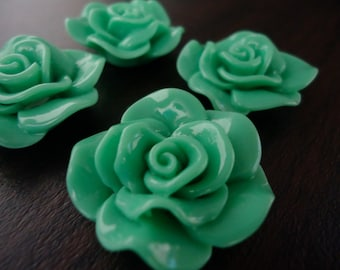 28mm Pistachio Green Resin Flower Cabochons (4x)