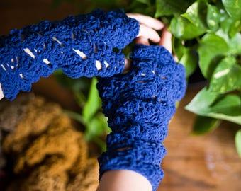 Crochet Gem Handwarmers