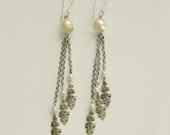 Dangle earrings, Pearl earrings, long earrings, silver leaf, sterling silver earrings, leaf earrings, chain earrings - Free falling E2146B