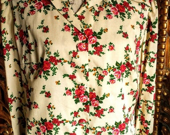 Vintage 1970's Large Pointed Collar Floral Blouse