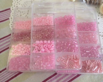 800 glass beads in different colors of pink