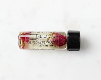 LOVE perfume SAMPLE | Sensory Perfume with Rose | 100% natural and vegan