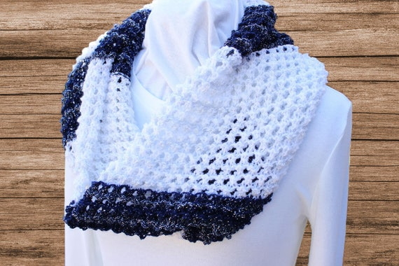 Lace Knit Cowl Pattern Knitting Patterns for Variegated Yarn