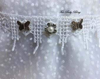 Butterflies & Lace dog necklet (neck size 12-14 inches)