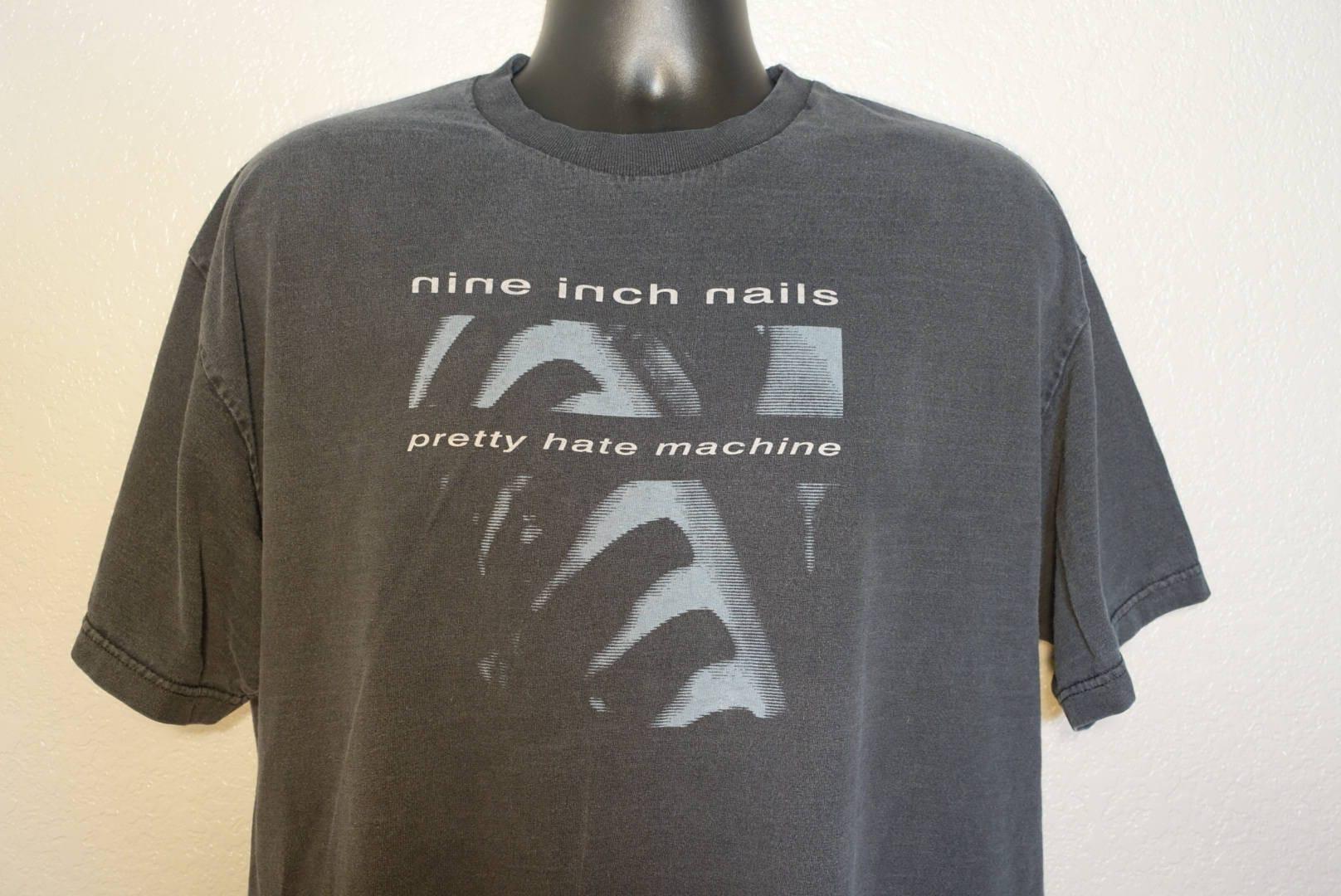 90\'s Nine Inch Nails - Pretty Hate Machine Vintage Concert T-Shirt