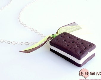 Biscuit Vanilla Sandwich Ice Cream Necklace, Ice Cream Pendant, Summer Jewelry, Polymer Clay Food, Foodie gift, Faux Food, Mini Ice Cream