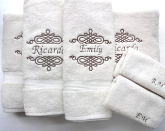 YOU PICK Size Personalized Bath Towels, hand towel, bathroom, personalized  gift, embroidered