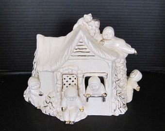 Snowbabies Nite Light Cabin White with Gold Trimings
